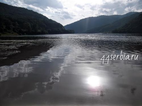 Бованско озеро