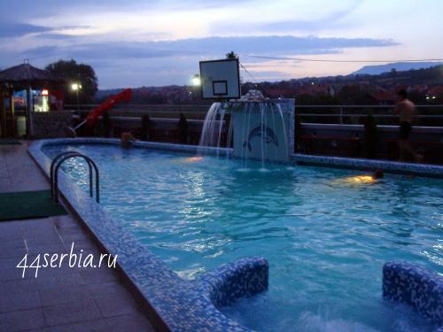 Сербия Сокобаня бассейн под открытым небом