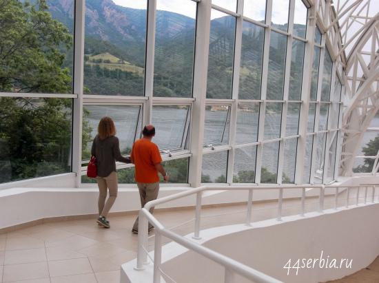 Музей первобытной культуры Лепенски Вир