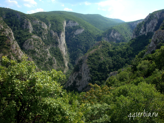 Лазарев каньон