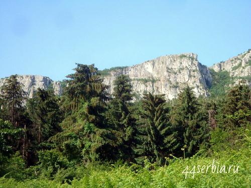 Отроги гора Ртань