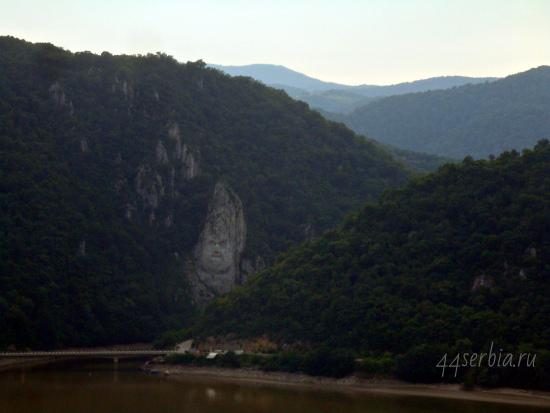 Дунайское ущелье: лик царя Децебала