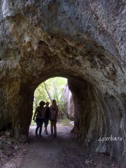 Возле Злотской пещеры