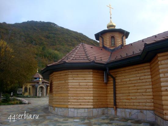 Манастырь Лешье