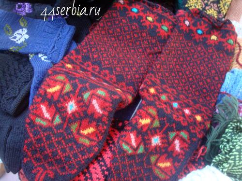 Носки с сербским традиционным узором