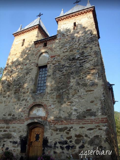 Donja Kamenica crkva