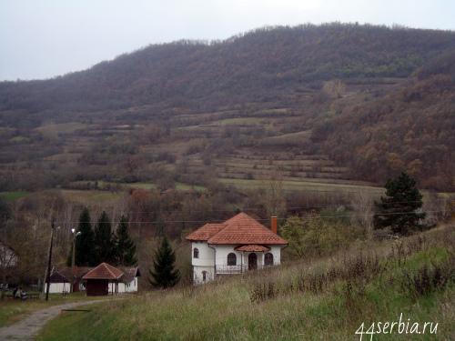 Постройки монастыря Святой Троицы, Сербия