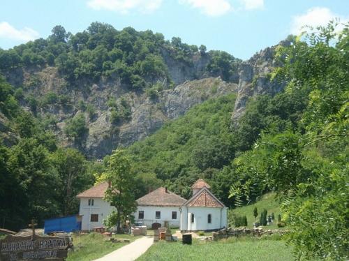 Монастырь Вратна, Сербия