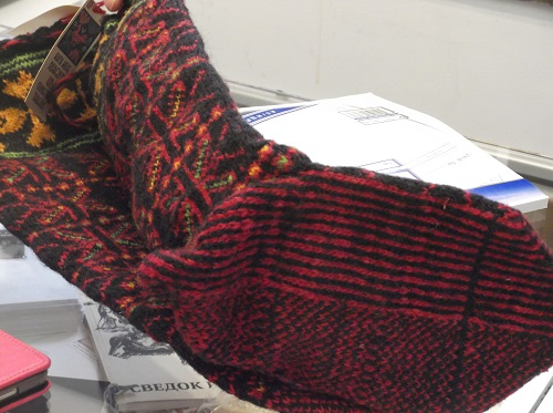 Необычные техники вязки носков