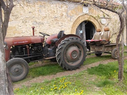 Трактор с фантазией