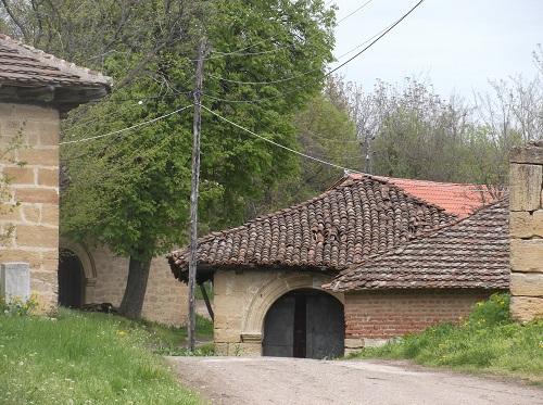 Роглевачке пивнице, винные погреба в Роглево