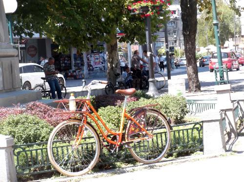 Велосипед и городской вид