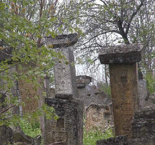 Старое_сербское_кладбище