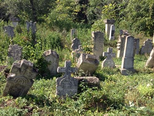 Старые_каменные_памятники