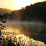 Рассвет на озере фото
